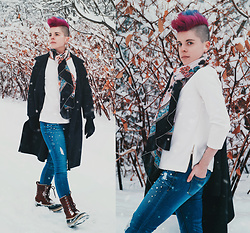 Carolyn W - Vipshop Floral, Ann Taylor White, Maxmara Grey, 1822 Denim Pearly, Sorel Snowboots - A Walk in the Snow