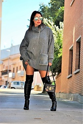 Nekane Smith - Louis Vuitton Bag, Zara Sweater Dress - Oversize Sweater Dress