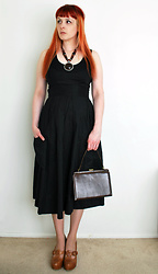 Alphie LaFray - Thrifted Black Pocket Dress, Vintage Brown 50's Bag, Thrifted Brown Platforms - Nothing to say when there's nothing to do