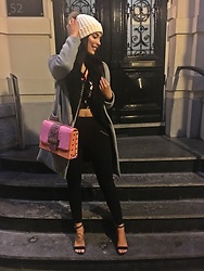 Sarah Lyx - River Island Bag, H&M Heels, Zara Coat - Turn your wounds into wisdom