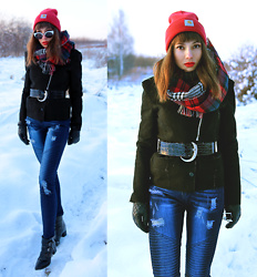 Jointy&Croissanty © - Carhartt Beanie - Perfect high-waisted jeans