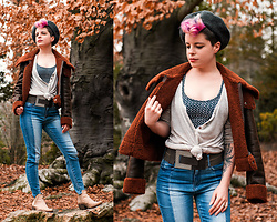 Carolyn W - Local Beret, Forever 21 Fuzzy, Brandy Melville Usa Knit, Black Milk Clothing Chainmail, Large, Guess Two Tone, Queork Cork - When Winter Feels Like Fall