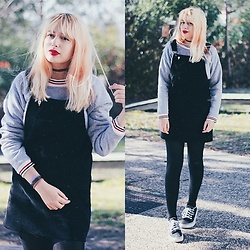 Filipa Lopes - Aliexpress Black Skirt Overalls, Dresslily Grey Striped Sweater, Vans Black Sneakers - Tastes like freedom