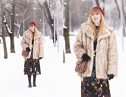 Julia F. - H&M Beanie, Asos Fur Coat, Mango Bag, H&M Dress, Dr. Martens Boots, Reserved Gloves - How to wear florals in winter