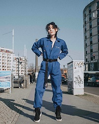 Frankie Miles - H&M Statement Earrings, Dickies Worked Overall, Y 3 Belt, Filling Pieces Sneakers - Friedrichstraße