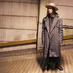 @KiD - Sasu Kauppi Wood Hat, Cheap Monday Tops, Monochrome Trench Coat, Monochrome Wide Pants, Dr. Martens 3hole Shoes - JapaneseTrash321