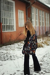 Emilia Matuszko - Reserved Shirt, Reserved Trousers, Reserved Belt, Reserved Blouse - TOTAL LOOK FROM RESERVED