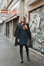Andrea Funk / andysparkles.de - Vila Dress - Black Trenchcoat