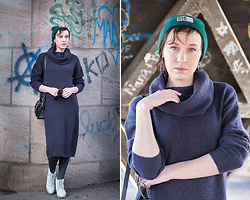 Liuba Kvitka - Selected Femme Dress, Tamaris Shoes, Zara Beanie, Accessorize Bag - Underground