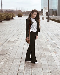 Vera Vonk - H&M Striped Shir, Mango Leather Jacket, Unknown Flared Jeans - A day in the city