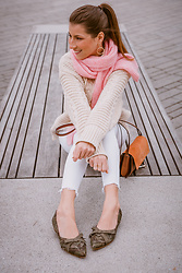 Stephanie Van Klev - Sandro Mohair Scarf, Zara Pullover, Zara Distressed Jeans, Maripé Flats, Chloé Bag - Touch Of Pink
