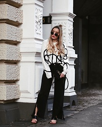 Fashiontwinstinct - Topshop Sweater, Diesel Pants, Topshop Cross Body Bag - Statement Sweater.