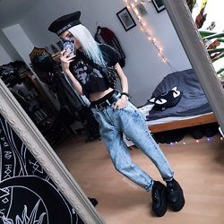 Kimi Peri - Vii & Co. Acid Jeans, Underground Vegan Triple Platform Creepers, Asos Belt, Killstar Hexellent Waist Bag, Black Sanctuary I Am Not Complete Crop Top, Vii & Co. Blind For Love Beret, Solrayz Moonstone Necklace - Mom It's Not A Phase