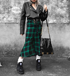 Vita Chen - Vii & Co. Leather Cropped Slim Jackets, Vii & Co. Checked Fish Tail Skirts, Chanel Vintage Bag, Vii & Co. Bubble Loose Socks, Buffalo Platform Sneakers - Green