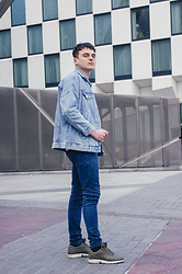 Enea Nastri - Zara Denim Jacket, Pull & Bear Skinny Jeans, Adidas Runners - Borrowed