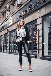 Dragana Savic - Zara Shoes, Lolly Pop Pants, Stradivarius Bag, Lolly Pop Blazer, Stradivarius Blouse - St. Mark's Place