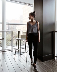 Tiffany Wang - American Apparel Tank Top, Aritzia Leggings, Converse Sneakers - WORK OUT MODE