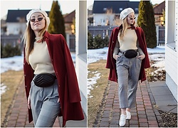 Elena Klimashevskaya - Shein Jumper, Vintage White Beret, H&M Glen Check Trousers, Cellbes White Sneakers - Spring mood