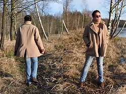 Pawel - Versace Coat Vjc Jeans Couture, Hugo Boss Wool Sweater, Hugo Boss Jeans - Cappuccino