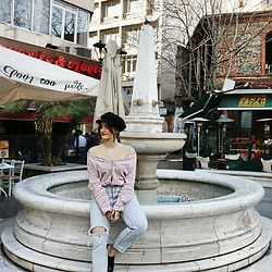 Efi Makamtzi - H&M Striped Red Shirt, Stradivarius Ripped Jeans - Street Style Date