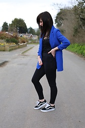 Elle Petite - Quiz Royal Blue Blazer, Missguided Carli Bybel Bodysuit, Topshop High Waisted Jeans, Vans Old Skool - Blue Monday