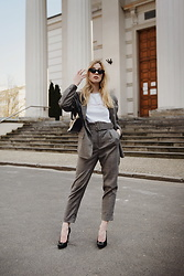TripByTriplets B. - Zara Pants, Gucci Bag, Nude Wear Tee, Cavassi Shoes - SUIT SUIT SUIT