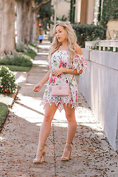 Hayley Larue -  - Pretty Little Pink Floral Dress You Need This Spring