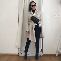 Carolyn D - Ebay Sunglasses, Moschino Bag, Bershka Coat, Bershka Boots - Chasing time