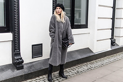 Stryle TZ -  - OVERSIZED TEDDY COAT