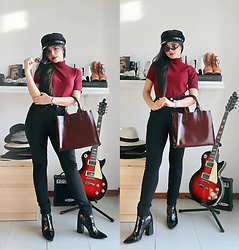 Clara Campelo - Bag, Sunnies - Wine Leather Bag