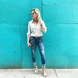 Kim Tuttle - Sam Edelman Sandals, 1822 Denim Distressed, Express Blouse, Fendi Pochette - Feelin' Blue