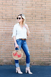 Kim Tuttle - Topshop Straw Bag, Vince Camuto Pumps, 1822 Distressed Denim, Gucci Belt, Express Portofino, Ray Ban Clubmaster - Stripes