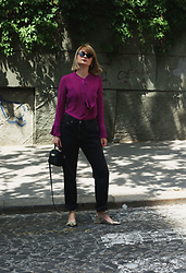 Ana Vukosavljevic - Metisu Blouse, Levi's® Jeans, Asos Shoes, Zac Posen Bag, Gucci Sunglasses - How To Pose For Pictures?
