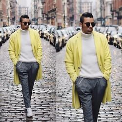 Franko Dean - Asos Coat, Asos Grey Trousers, Adidas Stan Smith Sneakers, Bershka Turtleneck, Ray Ban Round Sunglasses - Yellow