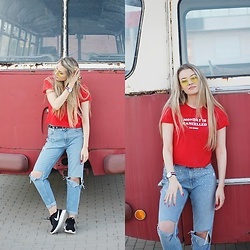 Ola Michałowicz - Sinsay T Shirt, H&M Boyfriend Jeans - Say yes