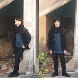 Seff Musa - Saint Laurent Black Bomber Jacket, Pull & Bear Blue Knitted Sweater, Veeko Black Round Scarf, Forever 21 Black Jogger Trousers, Pull & Bear Black Sneakers - My Hero