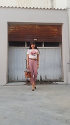 Jeanne -  - Look of the Day ♥ Work Outfit ♥ Tropical Tee and Striped Pan