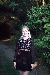 Petra - Zara Black Embroidery Plumeti Dress - Meet me in the woods