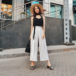 Sonya Karamazova - Zara Culottes - SUMMER IN THE CITY