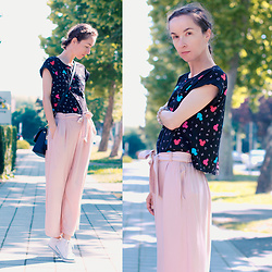 Iva K - Pull & Bear Pink Culottes, C&A Top, H&M Sneakers - Pink culottes