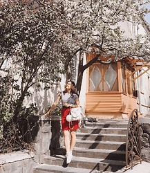 Katherine Adamenko - Grafea Backpack, Converse Sneakers - Red