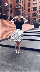 Daria Harman - Converse Sneakers, Zara T Shirt, Fashion Union Skirt - Summer vibes