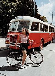 Ceci Bloom -  - Bicycle fashion