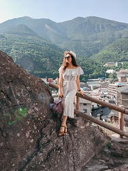 Katherine Adamenko - Mango Dress, Grafea Backpack - Andorra