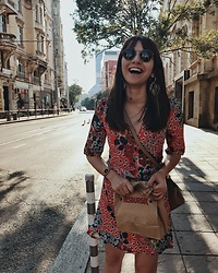Melike Gül -  - I DO LOVE MY FOOD