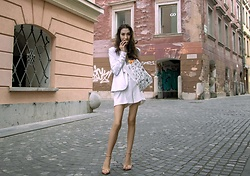 Veronika Lipar - Storets Tailored White Shorts, White Blazer, Aubade Gray Silk Camisole Slip Top, Stuart Weitzman Metallic Rose Gold Nudist Song Sandals - After nuit blanche