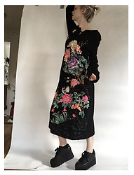 Sarah Wu - China Embroidered Dress - Ready For Fall