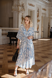 Karolina G -  - Kaftan dress