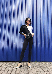 JUN UDAN - Zara Two Tone Bodysuit, Levi's® Black Skinny Jeans, Mango Plaid Slip On, Forever 21 90s Shade, Thrift Store Crossover Sling Bag - YING YANG