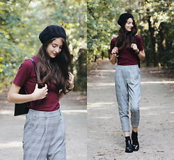 Nora Aradi - Bershka Shirt, Bershka Trousers, Bershka Ankle Boots, Stradivarius French Beret, Ted Baker Backpack - Autumn feels